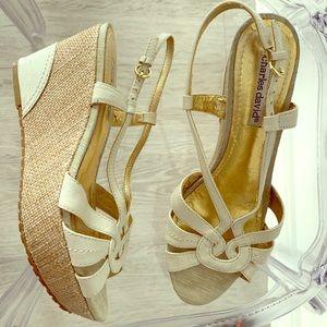 Charles David Wedge Sandals Tan Cream Gold 7